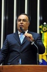 Ex-deputado André Vargas é um dos detidos nesta sexta-feira (10) em nova fase da Lava Jato