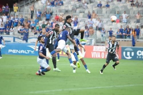 Campeonato Mineiro 2015 - Atlético-MG vence Cruzeiro, aumenta tabu e chega à final do Campeonato