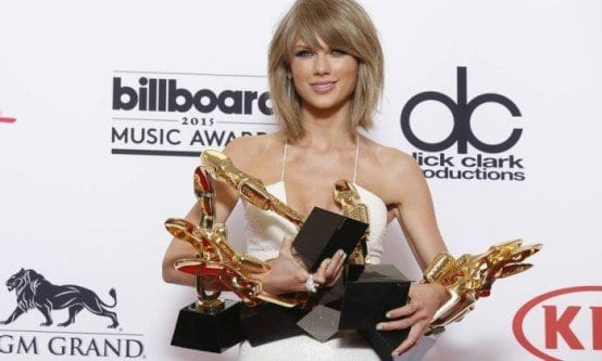 Taylor Swift foi a grande vencedora do Billboard 2015
