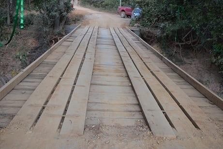 Montes Claros - Ponte sobre o rio Verde Grande é restaurada