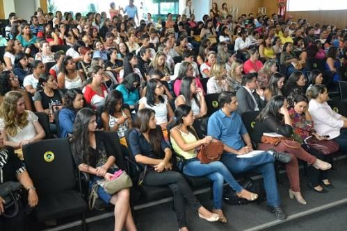 Montes Claros - Seminário em Montes Claros discute redução da maioridade penal