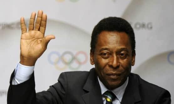 """""""Eu era a favor. Era preciso porque é melhor ter gente com experiência. Ele está lá há 25 anos, você tem que respeitá-lo. Foi uma eleição"""" disse Pelé"""
