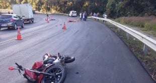 MG - Casal morre em batida entre moto e ambulância