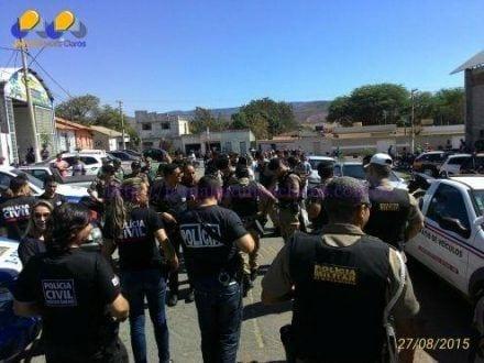 """Norte de Minas - Operação """"Cachorro Louco"""" da Polícia Civil termina com 11 pessoas presas em Espinosa"""