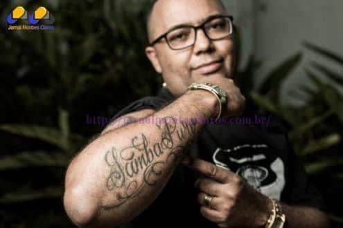 Dudu Nobre da entrevista para Sexy e fala sobre a separação de Adriana Bombom