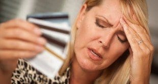 Economia - Juros do cartão de crédito vão a 395% ao ano