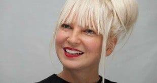 """Novo álbum de Sia, """"This Is Acting"""", ainda não tem data de lançamento"""