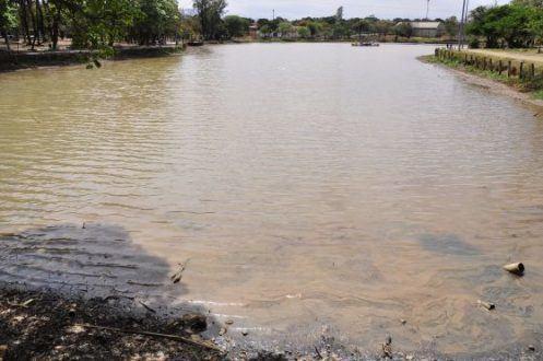 Montes Claros -  Prefeitura notifica estabelecimento por poluição da lagoa do Parque Milton Prates
