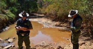 Montes Claros - Prefeitura de Montes Claros e PM fiscalizam e punem crime ambiental cometido em Abóboras