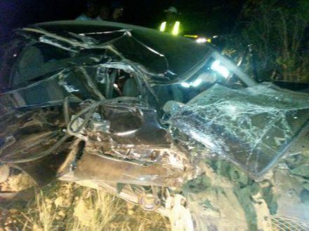 Norte de Minas - Acidente deixa uma pessoa morta e 3 pessoas gravemente feridas em São Francisco