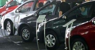 Em relação a julho de 2014, as vendas de veículos caíram 13,3%