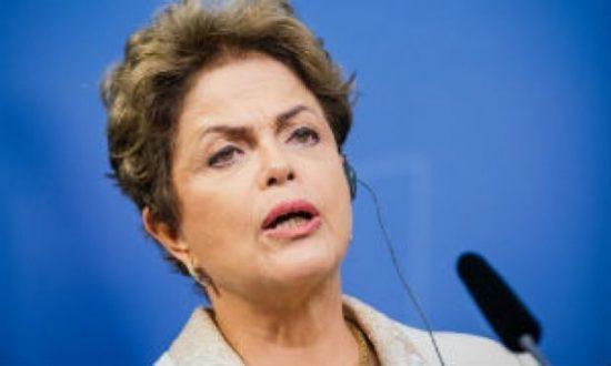 Na Suécia, Dilma foi enfática ao afirmar que não vai demitir ministro da Fazenda