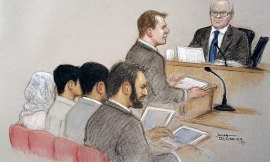 Um britânico de 15 anos foi condenado nesta sexta-feira à prisão perpétua, da qual cumprirá ao menos 5 anos, por incitar a realização de um atentado na Austrália.