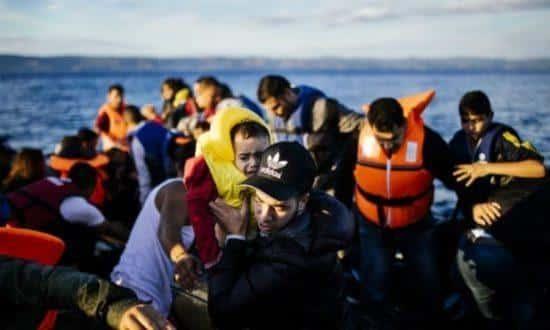 As ilhas gregas no Mar Egeu, especialmente Lesbos, continuam sendo as mais afetadas pelo fluxo migratório
