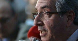 Cunha demonstrou sua irritação com a nota divulgada no fim de semana na qual PSDB, DEM, PPS, PSB e SD pedem seu afastamento do cargo