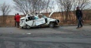 Norte de Minas - Duas pessoas morrem em acidente na BR-122, entre Porteirinha e Nova Porteirinha Foto: Paulo Rocha