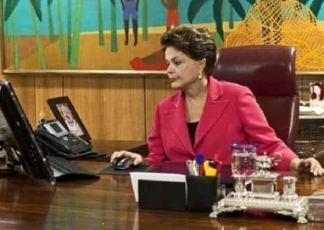 Enem 2015 - Presidente Dilma elogia tema da redação do Enem 2015