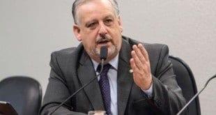 Ricardo Berzoini (PT) assume a Secretaria de Governo