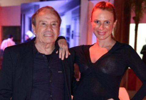 """""""Vou acabar com a internet"""", diz mulher de Stênio Garcia após fotos vazadas"""