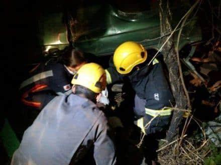 Norte de Minas – Vítima de acidente fica presa as ferragens em Claro dos Poções