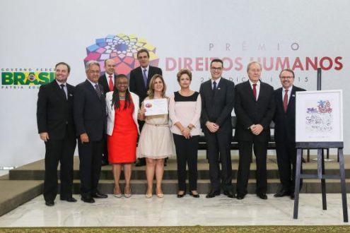 MG - Governo de Minas Gerais recebe Prêmio Direitos Humanos da Presidência da RepúblicaMG - Governo de Minas Gerais recebe Prêmio Direitos Humanos da Presidência da República
