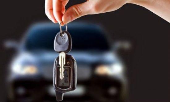A tendência de recuo menor dos financiamentos de veículos usados foi observada também no acumulado do ano