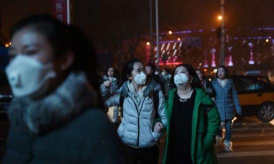 China emitiu quase o dobro de dióxido de carbono que os Estados Unidos em 2013, e 2,5 vezes mais que a União Europeia em seu conjunto Foto: AFP