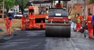 Montes Claros - MPE quer a interrupção de obras de asfalto em Montes Claros