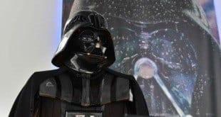 'Star Wars' continua liderando as bilheterias