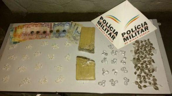 Montes Claros - PM prende homens por tráfico de drogas no bairro Vila São Francisco de Assis