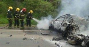 MG - Escrivã da Polícia Civil morre carbonizada em acidente