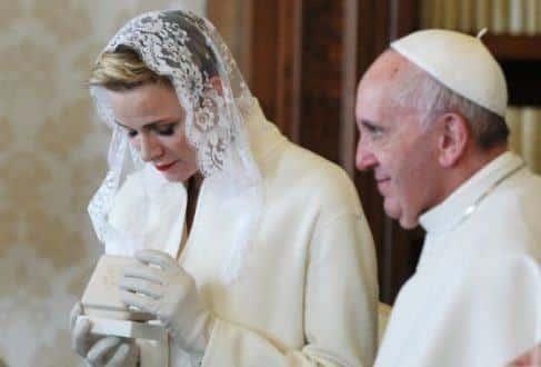 Papa rejeita toda forma de união que não o casamento católico