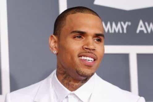 Em 2009, Chris Brown foi condenado após agressão contra a cantora Rihanna, sua namoranda na época