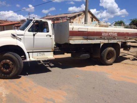 Norte de Minas - Caminhão doado pela Codevasf é apreendido em Espinosa