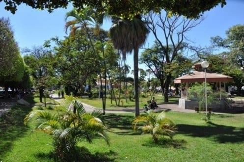 Montes Claros - Prefeitura de Montes Claros investe em wi-fi gratuito em praças de Montes Claros