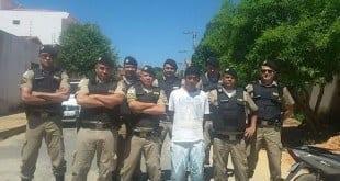 Montes Claros - Operação em conjunta das Cias 130,100 e Aips 98 prende um homem que assaltava no Bairro Cidade Nova
