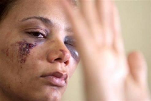 Violência física é principal agressão sofrida por mulheres em Minas