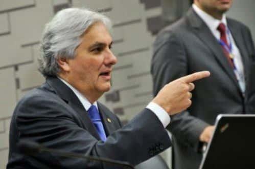 Delcídio foi preso no ano passado acusado de interferir nas investigações da Lava Jato