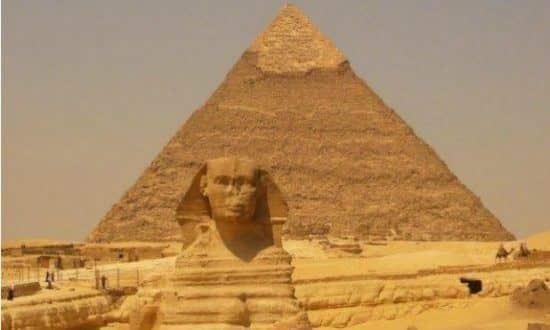 Uma missão de arqueólogos suecos descobriu um conjunto de 40 sepulturas com ossadas que datam da 18ª dinastia faraônica (1295-1186 a.C.)