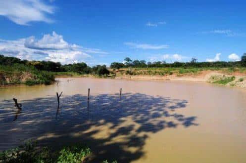 Os barreiros são as pequenas contenções para captação de água da chuva