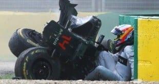 Fernando Alonso sofreu forte acidente no GP da Austrália