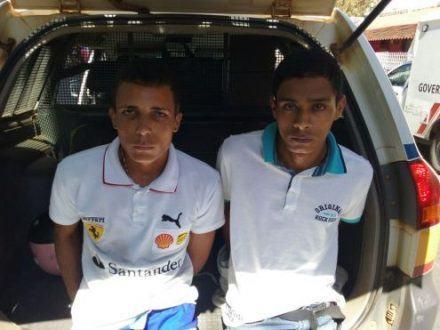 Sandro Aguiar Gomes Silva de 19 anos e seu comparsa Marco Antonio Silva Ribeiro de 20 anos, ambos com passagem, foram encaminhados para Delegacia de Plantão