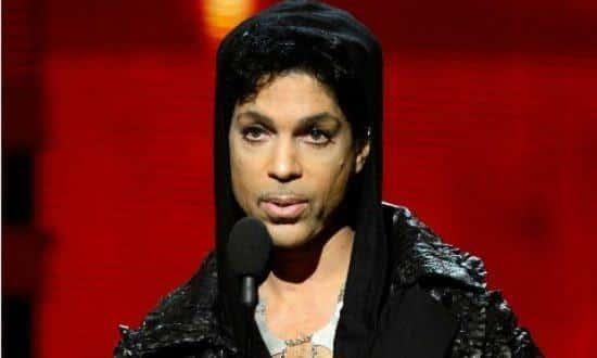 Prince, ícone pop, morre aos 57 anos