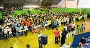 Montes Claros - Centenas de estudantes participam da abertura dos jogos escolares
