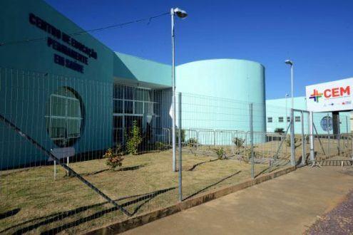 Norte de Minas - Governador entrega Centro de Especialidades Médicas em Pirapora
