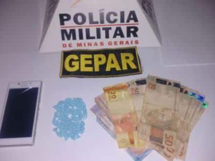 Montes Claros - Homem é preso com ecstasy que seria entregue no Bairro Edgar Pereira - Foto: Polícia Militar