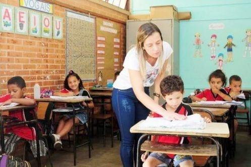 MG - Governo de Minas Gerais publica mais 2.500 nomeações na Educação