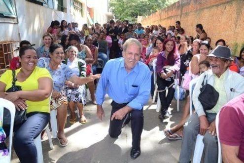 O prefeito em exercício José Vicente Medeiros ressalta que a entrega de mais casas no Residencial Vitória II promove mudanças na vida de dezenas de famílias montes-clarenses