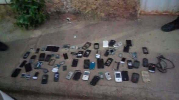 Montes Claros - PM prende 8 pessoas em operação no bairro Major Prates