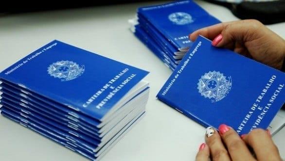 Emissão de carteiras de trabalho estão suspensas em Minas Gerais